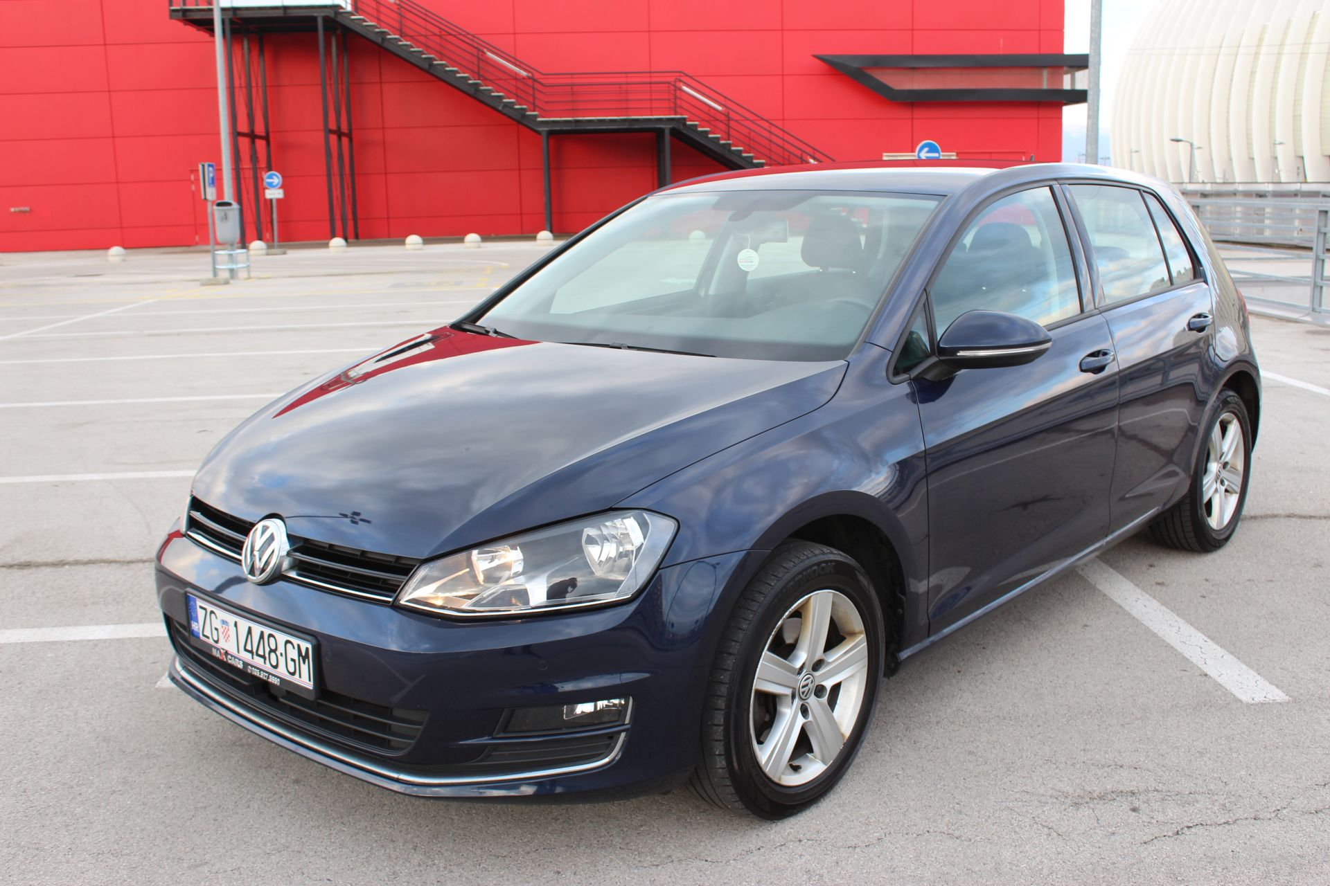 volkswagen golf vii 2 0tdi 150ks highline navigacija. Black Bedroom Furniture Sets. Home Design Ideas
