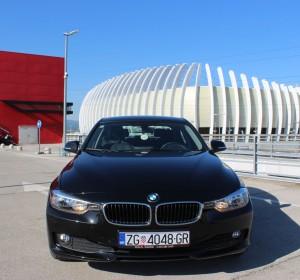 BMW F30 318d – Navigacija  – Kožna sjedala -Senzori – 50000 km –