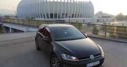 Volkswagen Golf VII 1.6 BMT 81kw (110ks)-Bi Xenon-Navigacija 3d-Senzori – ALL Star –