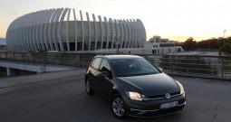 Volkswagen Golf 2.0 TDI 150ks –  DSG (2017) Comfortline – Novi model – Navigacija – Aktivni tempomat – Parkirni senzori