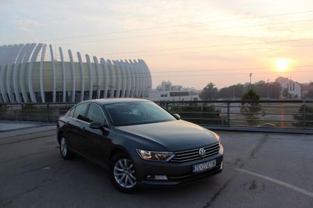 Volkswagen Passat 2.0 TDI   Comfortline – Senzori –