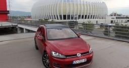 Volkswagen GOLF VII 2.0 BMT – HIGHLINE CARAT EDITION – AUTOMATIK DSG F1 – XENON – PANORAMA – KAMERA – PARK ASSIST – SENZORI 360° – MRTVI KUT – ACC – 17 KOTAČI  – R line LED SVIJETLA – VEBASTO GRIJANJE –