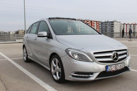 Mercedes-Benz B 180 CDI – EXCLUSIVE PAKET – Automatik F1 – Navigacija – Panorama –