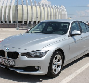 BMW 320d F30 – Sportpaket, Automatik ,Navigacija ,Kamera