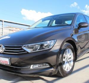 Volkswagen Passat 1.6 CR TDI Comfortline – New model – Panorama – Kamera – Navigacija –