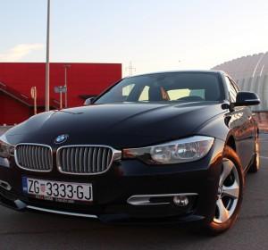 BMW 320D F30 SPORT – MODERNLINE – Koža – Navigacija-