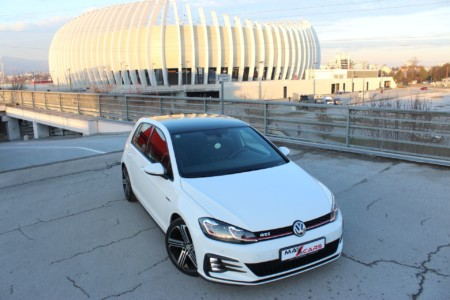 Volkswagen Golf 7 2.0 GTI – 230ks – 49000km –